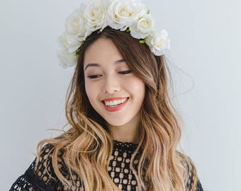 ivory white spring races flower crown fascinator // spring flower crown / spring racing flower headpiece / derby day spring carnival