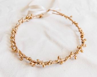 gold berry flower crown // golden flower head piece / wedding gold flower crown / bridesmaid gold flower crown / metallic gold headband