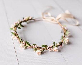 peach apricot flower crown // peach green leaf crown / peach green flower crown / peach beach wedding flower crown / bohemian flower crown