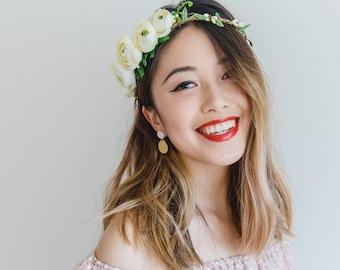 creamy ivory asymmetrical bridal wedding flower crown / bohemian ranunculus floral headpiece flower crown / wedding headpiece