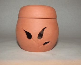 Garlic Keeper ;Terra Cotta pot; food preparation; garlic container; Hand Made in the USA