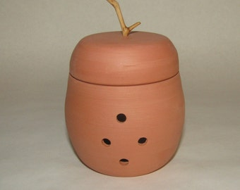 Garlic Keeper ;Terra Cotta pot; food preparation; potpourri container; Hand Made in the USA