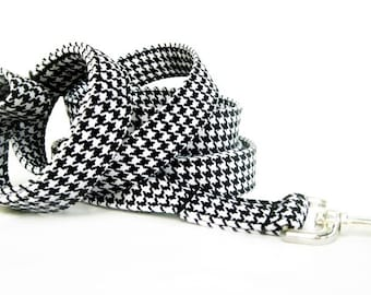 Black and White Houndstooth Dog Leash