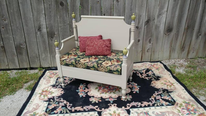 Admirable Farmhouse Bench With Upholstered Seat Dining Bench Entryway Bench Upcycled Furniture Recycled Bed Caraccident5 Cool Chair Designs And Ideas Caraccident5Info