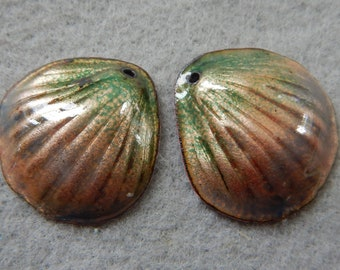 Enamel Jewelry Findings: Clam Shell Pair 2018 F-413