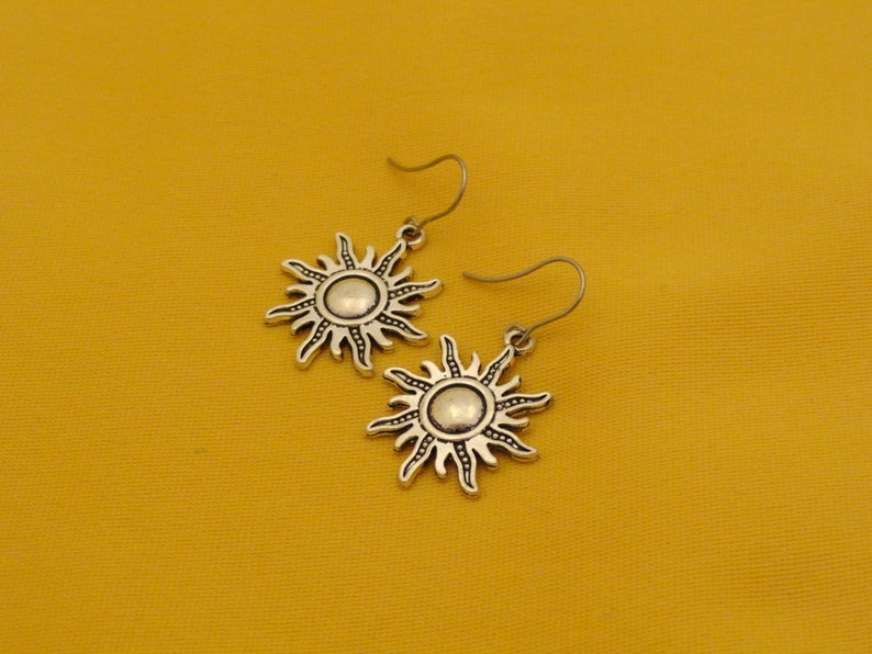 Here comes the sun silver earrings Style 202 image 0