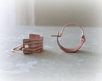 Small Copper Hoops, Copper Hoop Earrings, Metalwork Earrings, Copper Jewelry, Little Hoop Earrings, Wave Earrings, Patterned Earrings
