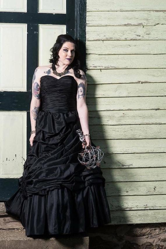 Schwarz Hochzeitskleid Kleid Schwarz Brautkleid Gothic Etsy
