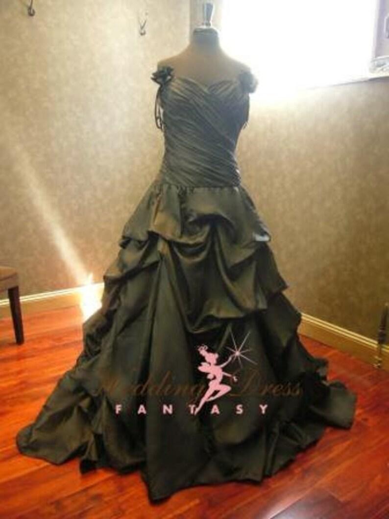 c5fbf1d1d3e Black Wedding Dress Gothic Wedding Dress Alternative Wedding