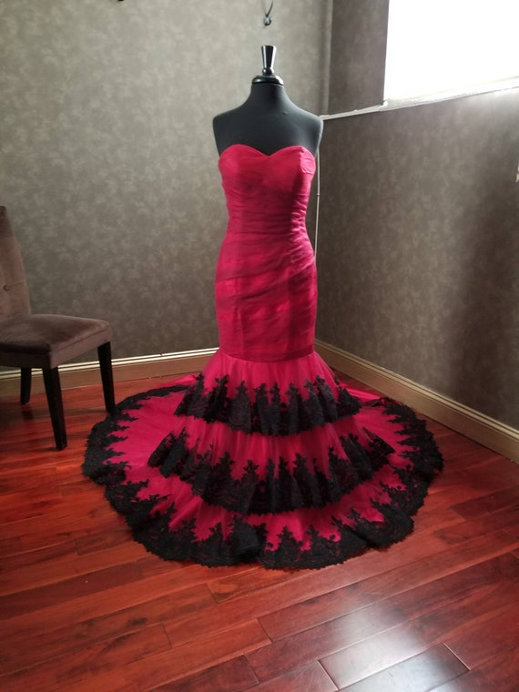 Red And Black Wedding Dress Red Bridal Gown Gothic Wedding Etsy