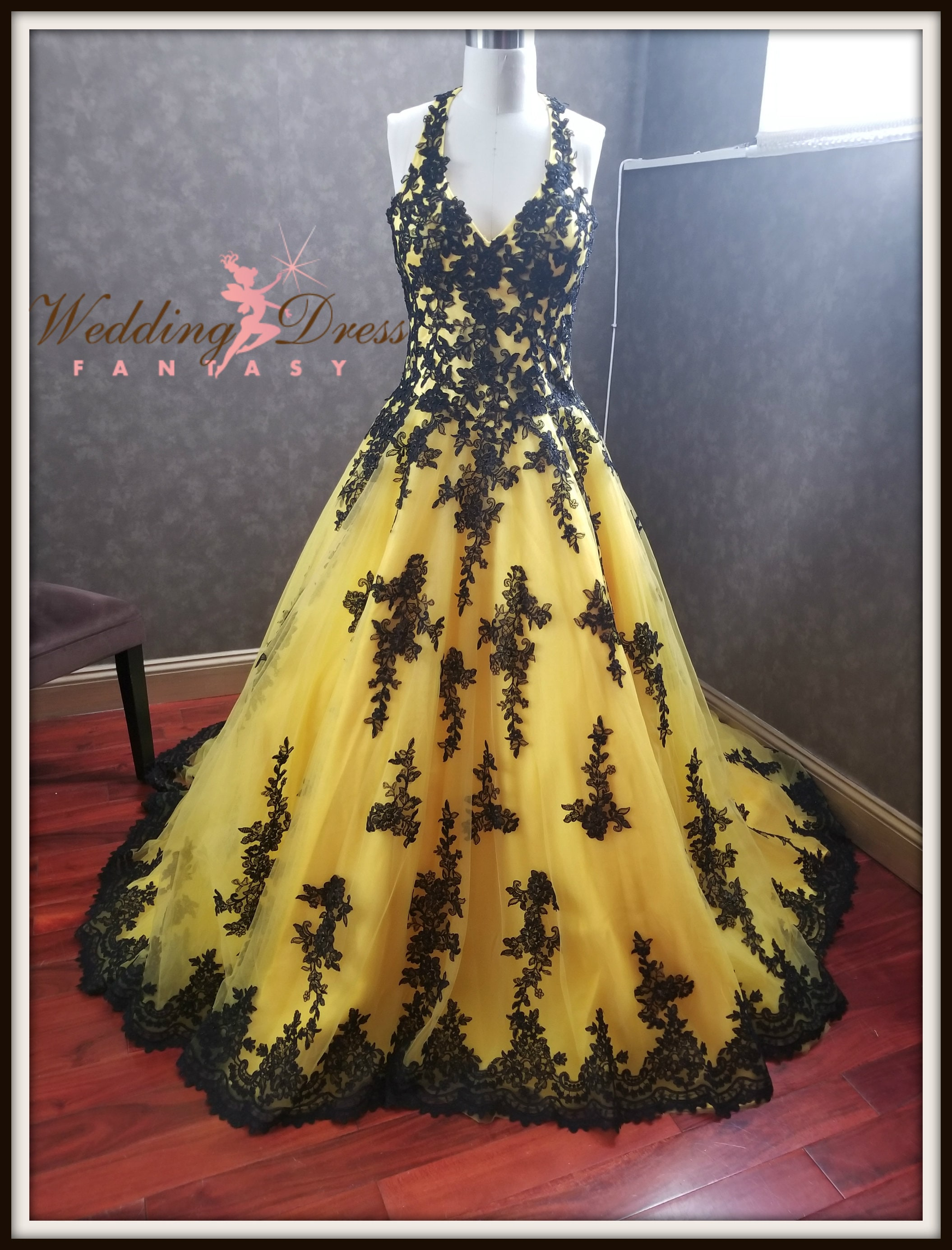 Stunning Yellow and Black Wedding Dress with Yellow Tulle and Black Lace in  Halter Style Top