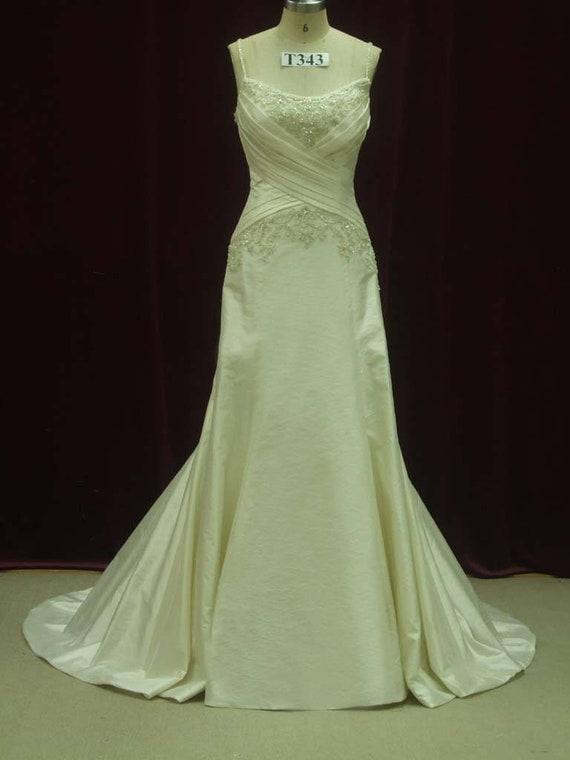 Slimming Wedding Dress Flattering Wedding Dress Slimming Etsy