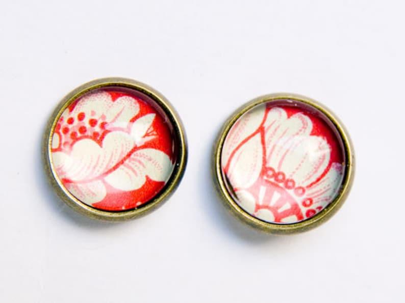 flowery earrings image 1