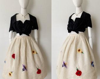 Ethereal Vanilla Knit Flower Blossom Skirt- 26, Crocheted High Waist Circle Skirt, 1950s Vintage