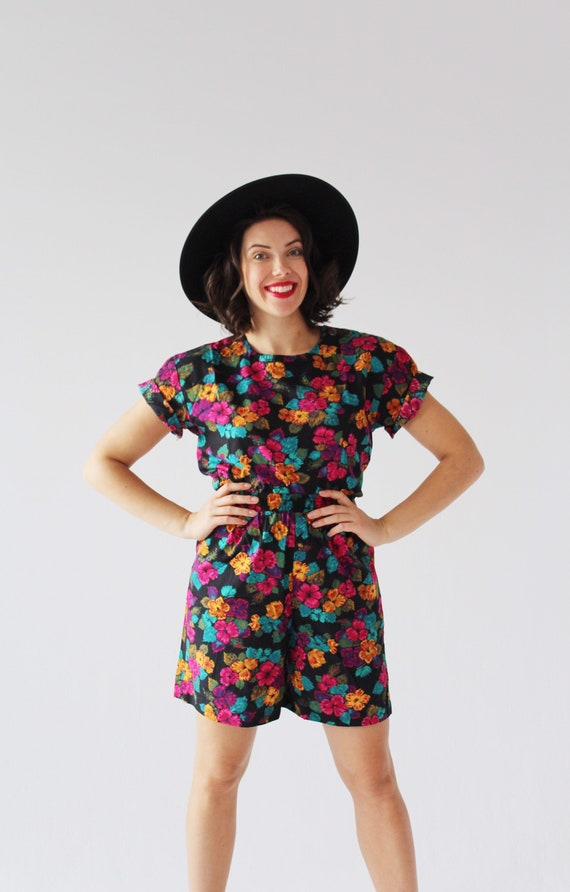 90s Floral Two Piece Set- M, Leisure Shorts, Boxy… - image 3