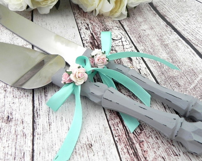 Shabby Chic Wedding Cake Server and Knife Set, Gray, Mint Green and shades of Pink, Bridal Shower, Baby Shower, Wedding Gift