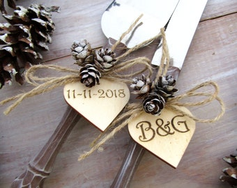 Rustic Winter Wedding Cake Server Knife Set Wood-Look with Mini Pine Cones Personalized Wood Hearts Bridal Shower Gift Wedding Gift