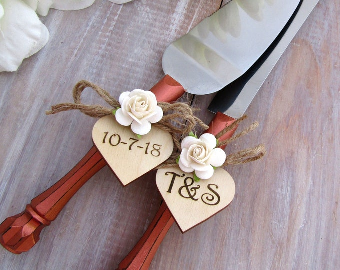 Rustic Chic Wedding Cake Server Knife Set Copper with Ivory Flower Personalized Wood Hearts Bridal Shower Gift Wedding Gift