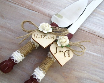 Rustic Wedding Cake Server Knife Set, Cake Cutter Set Burgundy with White Rose and Personalized Wood Hearts, Bridal Shower Gift Wedding Gift