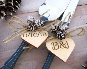 Rustic Winter Wedding Cake Server Knife Set Navy with Mini Pine Cones Personalized Wood Hearts Bridal Shower Gift Wedding Gift