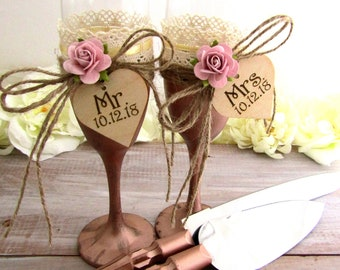 Rustic Wedding Flute Glasses and Cake Server Set Rose Gold with Dusty Pink Flowers Personalized Wood Hearts Bridal Shower Wedding Gift Ideas