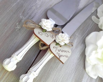 Rustic Chic Wedding Cake Server Knife Set White with Ivory Flower Personalized Wood Hearts Bridal Shower Gift Wedding Gift