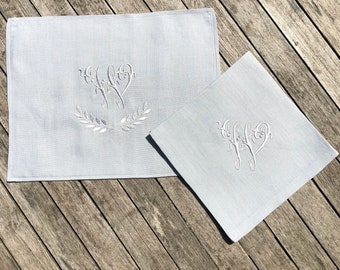 Monogram Slate Grey Linen Napkin & Placemat Set, 18 inch or 22 inch Dinner Serviette, Personalized Embroidered Wedding