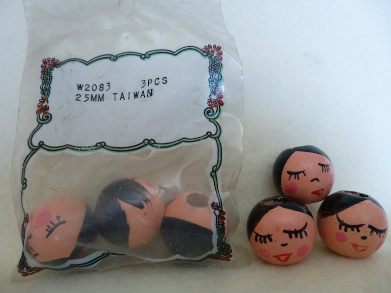 Vintage Package 25mm Wood Doll Bead Heads for Crafts Lot K *