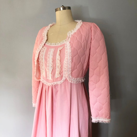 1970s Pink Swiss Dot Prairie Max Dress Quilted Ja… - image 9
