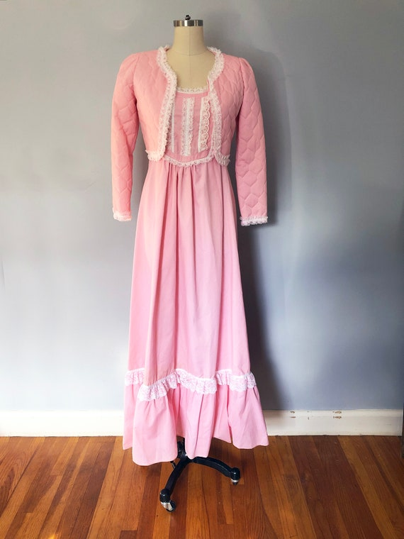 1970s Pink Swiss Dot Prairie Max Dress Quilted Ja… - image 2