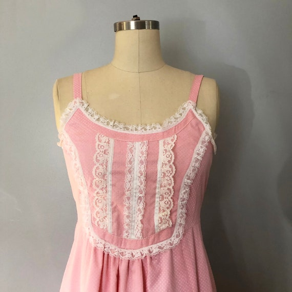 1970s Pink Swiss Dot Prairie Max Dress Quilted Ja… - image 4