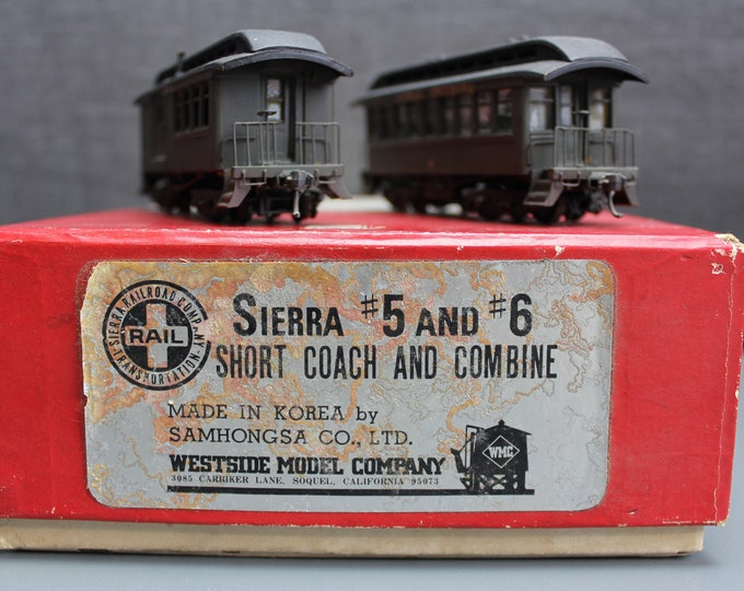 Vintage Painted Brass HO Short Sierra 5 and 6 Coach & Combine Samhongsa
