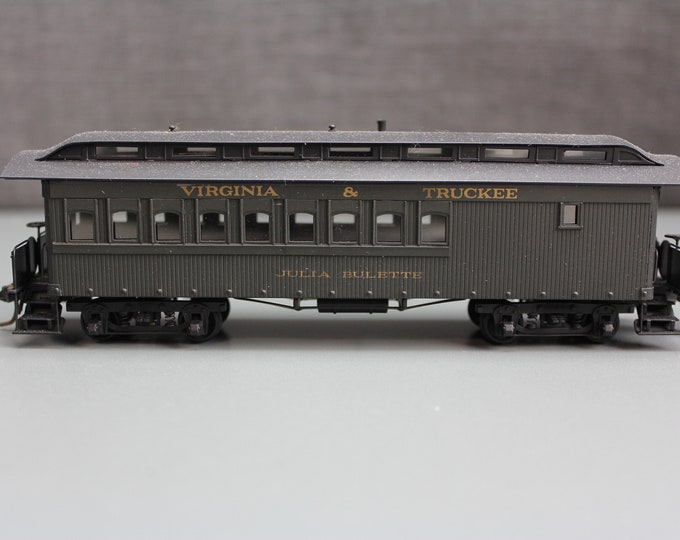 Vintage HO Painted Brass PFM Virginia & Truckee Club Car Julia Bulette Fujiyama Japan