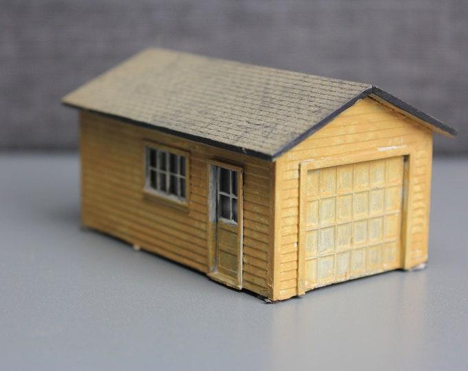 HO Scale Finished Model Garage Workshop Building for your Model Train Hobby