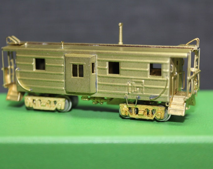 Vintage Brass N Scale Milw. Rd 'B-W' Ribbed -Side Caboose Overland