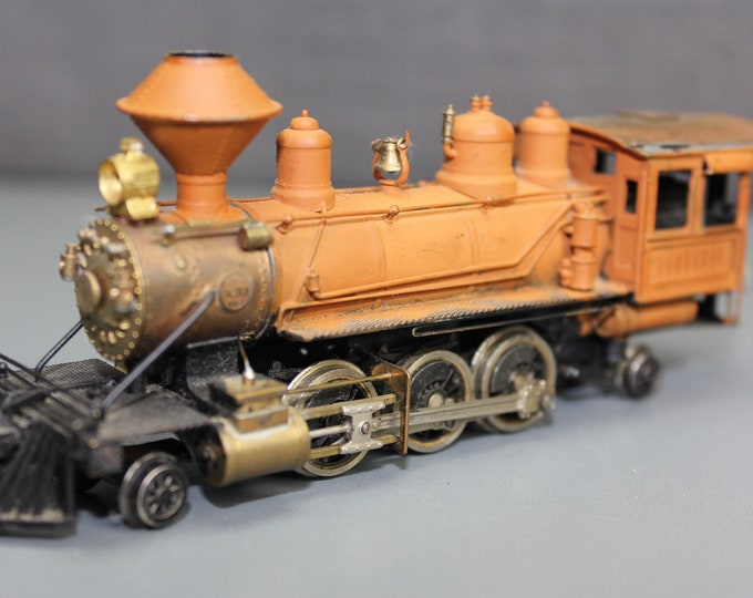 Vintage United Models HO 2-6-2 Brass Painted Steam Locomotive & Tender  Get it before it's Gone !!!