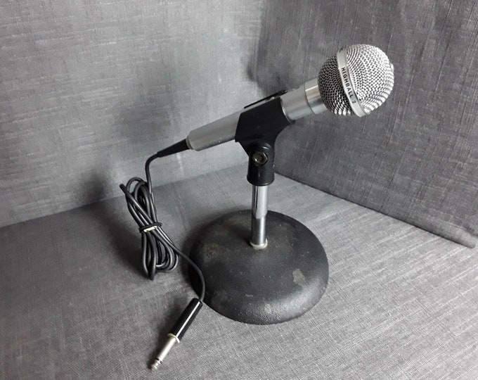 Vintage Realistic Highball-2 Dynamic Microphone CAT. NO. 33-985
