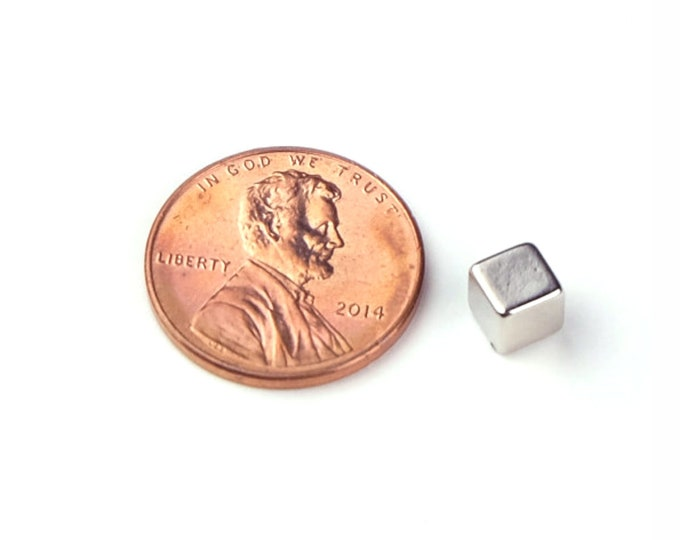 "MagnaKoys®  17 pcs. 3/16"" inch Small Cube Block Neodymium Rare Earth Magnets for Crafts, Geocaching, survival gear"