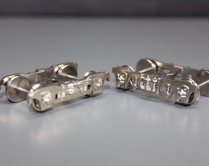 Vintage Metalic Silver Plated HO Scale Overland 4-Wheel Trucks (1 pair)