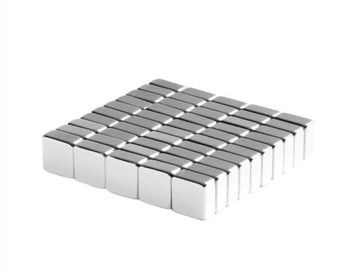 MagnaKoys® Strong 1/4 x 1/4 x 1/8 Square Block Powerful Craft and Hobby Magnets Silver Shine
