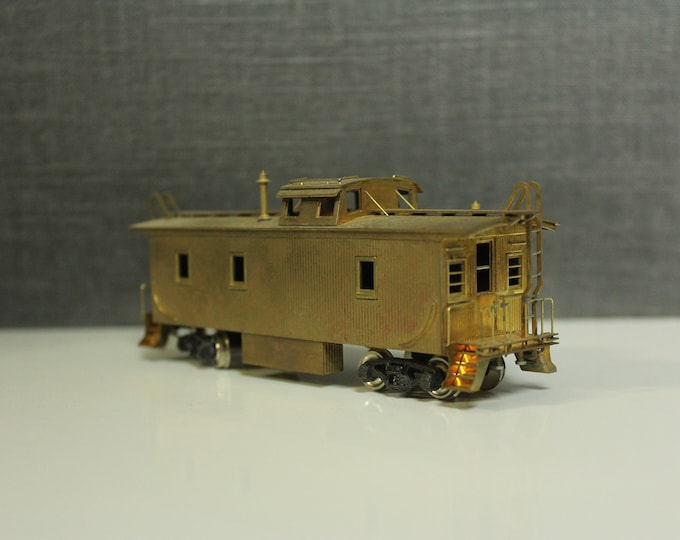 Vintage Brass HO Scale Union Pacific CA-1 Caboose by Trains Inc. Model Train Collection