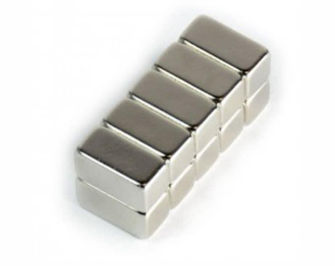 "MagnaKoys® 5 pcs. 1/2"" x 1/4"" x 1/4"" Powerful Neodymium Rare Earth Bar Magnets for Crafts Geocaching, Gear"