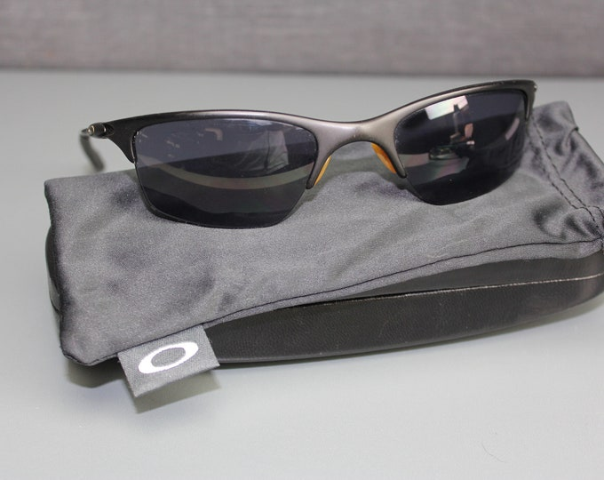 Vintage Ray-Ban Black Frame Black Lens Sunglasses