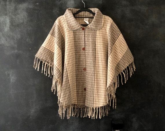 90's Plaid Grey and Cream Wool Fringed Poncho Cape Blanket Jacket Boho Bohemian Hippy Hippie Western Southwestern All Sizes