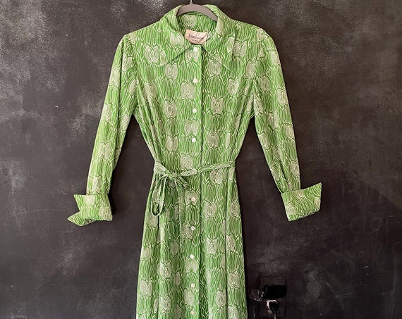 1960's 70's Shirt Midi Dress French Cuffs Kelly Green White Abstract Print Belted Button Down Psychedelic Hippy Hippie Boho Woodstock S/M/L