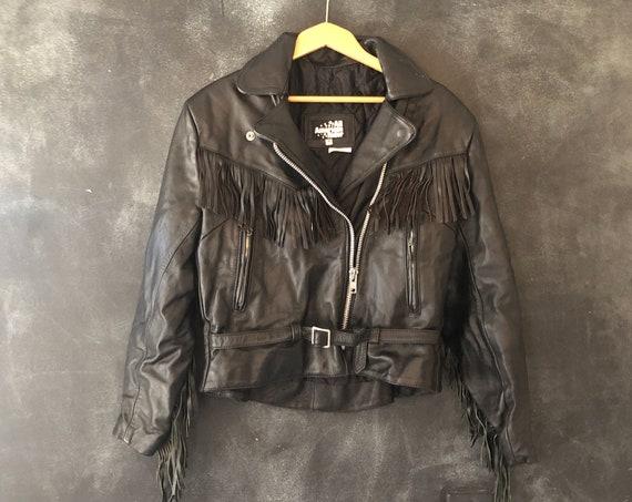80's 90's Fringed Black Leather Motorcycle Moto Jacket Cropped Belted Biker Rocker Hippy Hippy Boho Bohemian Western S/M/L