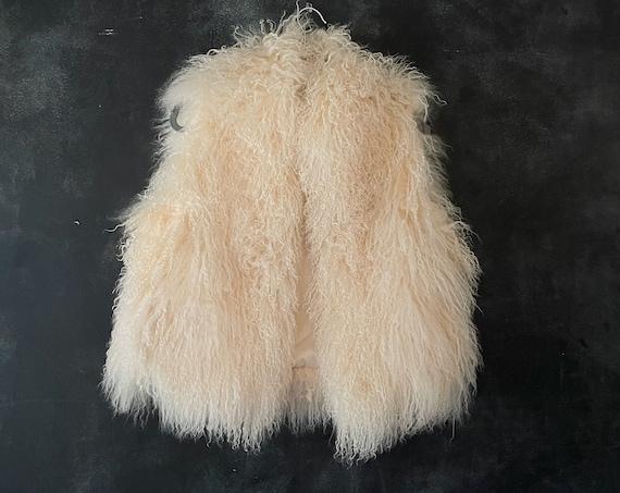 80's 90's Winter White Mongolian Fur Lamb Vest Fluffy Winter Vest Boho Bohemian Hippy Hippy Woodstock XS/S/M