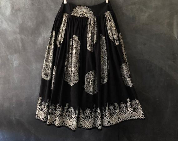 Miu Miu Circle Full Midi Petticoat Skirt Black Bandana Print High Fashion Designer Ethnic Spanish Inspired Cotton Ladies Size 42