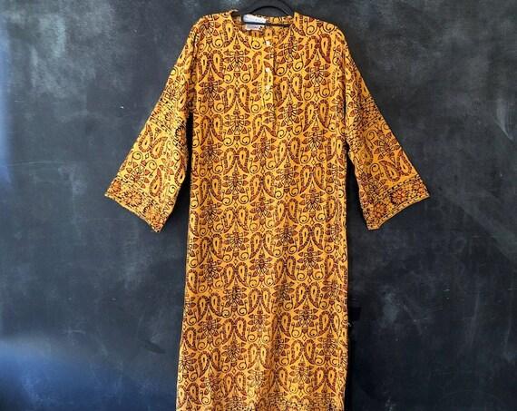 1970's Indian Block Print Deadstock Peach Orange Paisley Print Woven Cotton Kaftan Hippy Hippie Boho Bohemian Woodstock S/M
