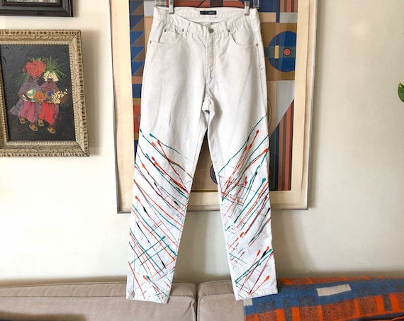1980's 90's Mom Splatter Painted White Jeans Denim High Waisted Light Denim Peg Legged Wearable Art Hipster Mixed Pattern Size 27/28